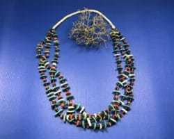 Augustine Lovato (Kewa) – 3reihige Halskette