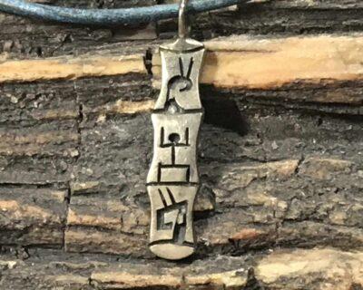 Shannon Talawepi (Hopi) – Anhänger mit Entstehungsgeschichte