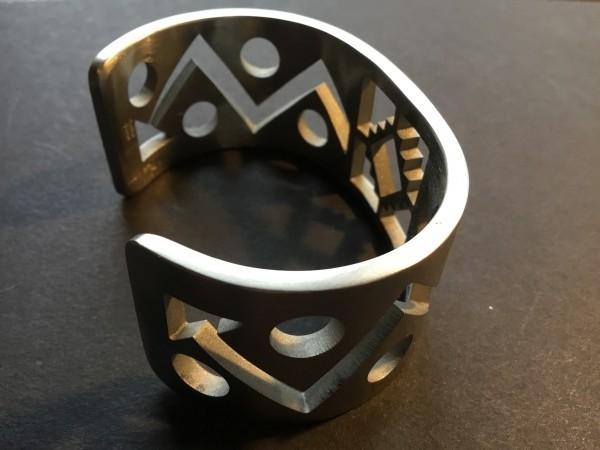 , Carlton Jamon (Zuni) – Stahlarmreif, Indianer - Schmuck und Kunsthandwerk - prairie wind