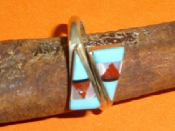 Sherry Nastacio ( Zuni) - Ring mit zwei Dreiecken